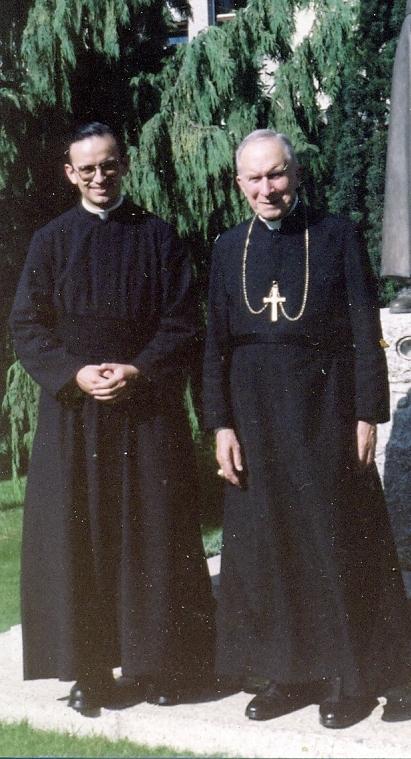 Mosenhor Lefebvre e Pe. Ernesto Cardozo em 1988